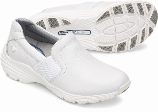 Align™ Harmony shoes shown in White