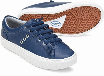 Align鈩� Fenton shoes shown in Navy