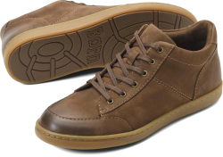 Allister in color Taupe Nubuck