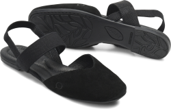 Chulu in color Black Suede