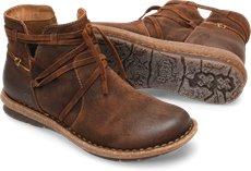 Born Shoes for Women: Boots, Sandals