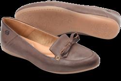 Mahwah in color Brown