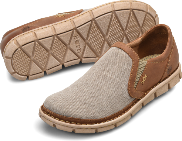 Sit tight. We have a list of reasons why our classic SAWYER is a best-seller: a handmade construction for durability, double gore for easy on and off, a special, lightweight EVON outsole, and a moisture-wicking footbed. For more, check out some of our reviews below.   Full-grain, embossed full-grainleather, or suede  Suede lining  EVON outsole  Opanka handcrafted construction  Heel Height: 1 inch