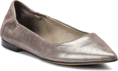 Diagonal view of Isola Padra in Taupe-Parisian Grey-Silver