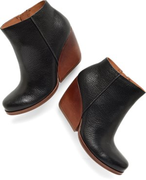 Black Leather Korkease Natalya