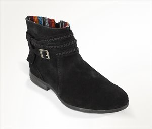 Black Minnetonka Dixon Boot