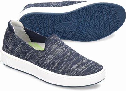 Align™ Cosmic shoes shown in NAVY