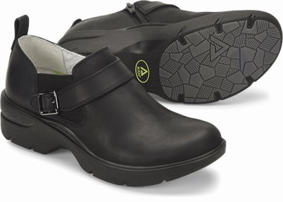 Align™ Arya shoes shown in Black