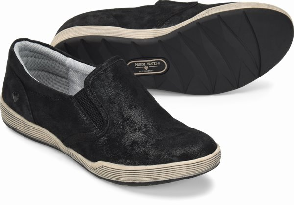 Hollis shoes shown in Black