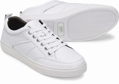 Mens Align™ Falcon shoes shown in White