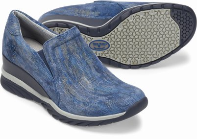 Darrah shoes shown in ocean blue