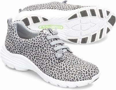 Align™ Velocity shoes shown in Grey Leopard