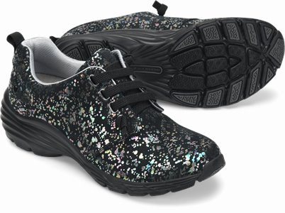 Align™ Velocity shoes shown in black prism