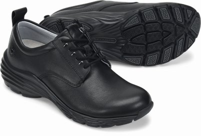 Align™ Tiffin shoes shown in black