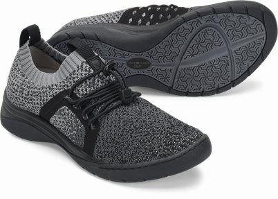Align™ Torri shoes shown in Black