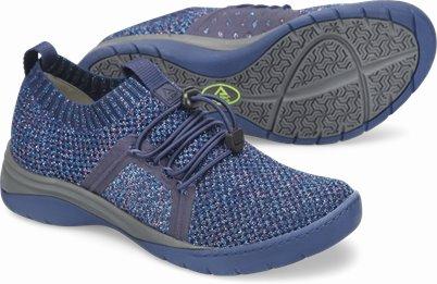 Align™ Torri shoes shown in Midnight Shimmer