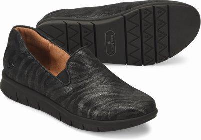 Sandy shoes shown in Silver Zebra
