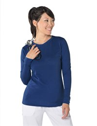 Willow Top apparel shown in Navy