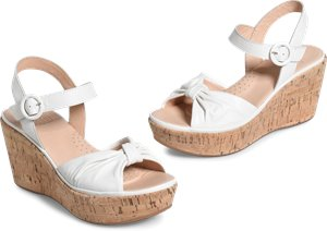 Heavenly sandals in White
