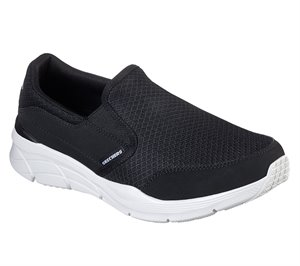 White Black Skechers Relaxed Fit: Equalizer 4.0 - Persisting