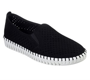 White Black Skechers Sepulveda Blvd - A La Mode