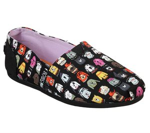 Black Skechers BOBS Plush - Wag Crew