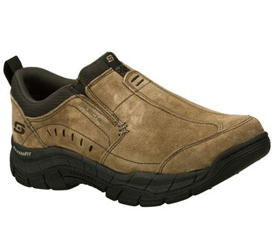 Skechers Relaxed Fit: Rig Mountain Top in Brown Skechers