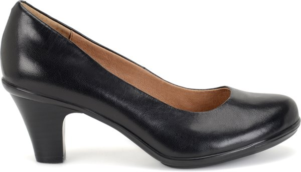 Image of the Velma shoe from the side