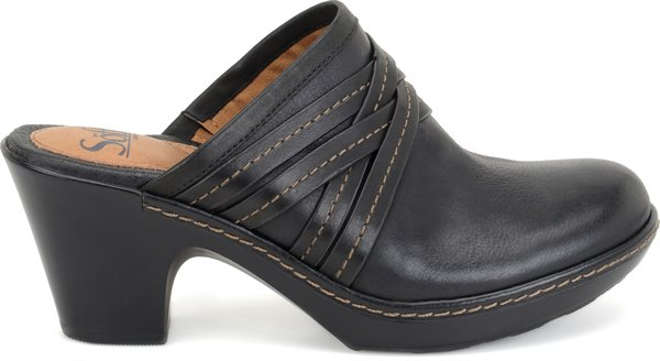 Image of the Leigh shoe from the side