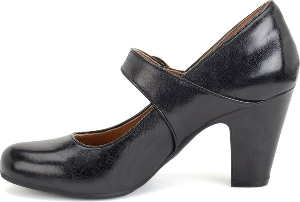 Image of the Miranda shoe instep