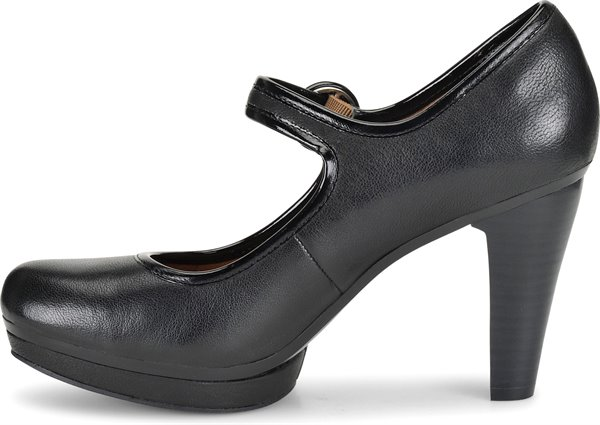 Image of the Monique shoe instep