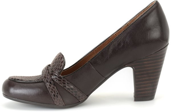 Image of the Montara shoe instep
