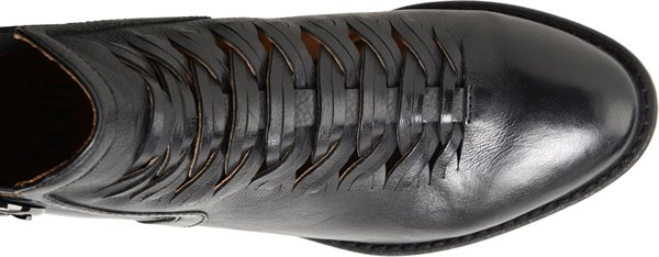 Image of the Verlo shoe from the top