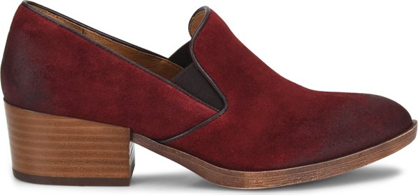 Image of the Velina shoe from the side