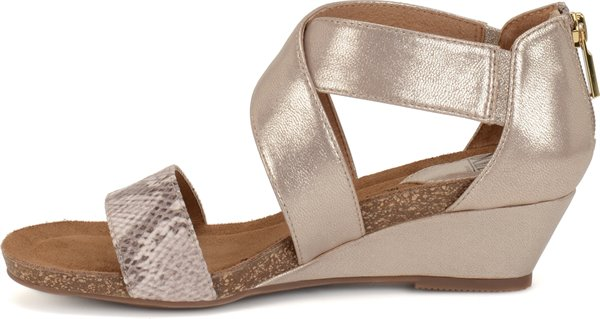 Image of the Vallar shoe instep