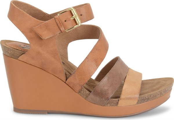 Image of the Candia shoe from the side
