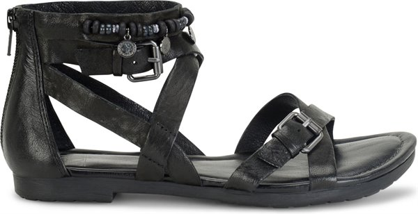 Image of the Boca shoe from the side