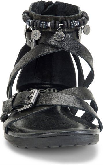 Image of the Boca shoe toe