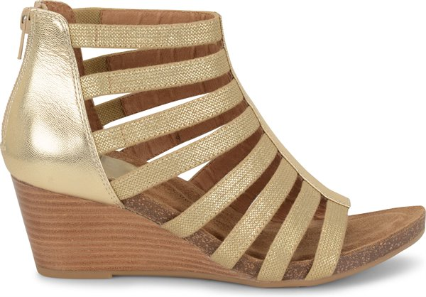 Image of the Mati shoe from the side