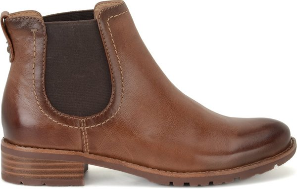 Image of the Selby shoe from the side