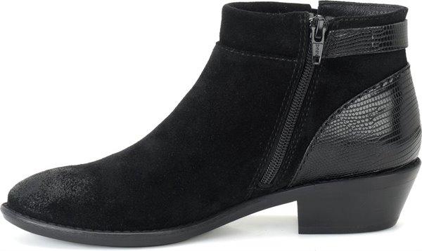 Image of the Vasanti shoe instep