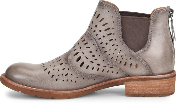 Image of the Brenley shoe instep