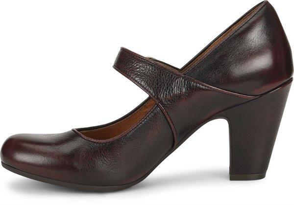 Image of the Miranda shoe instep