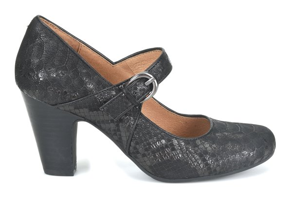 Image of the Miranda shoe from the side
