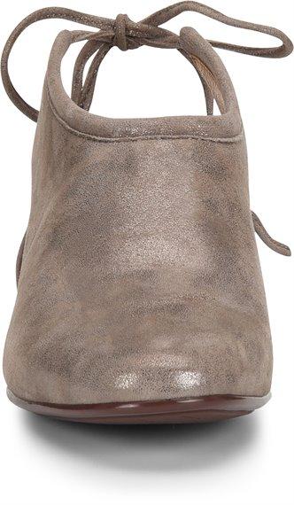 Image of the Lenora shoe toe