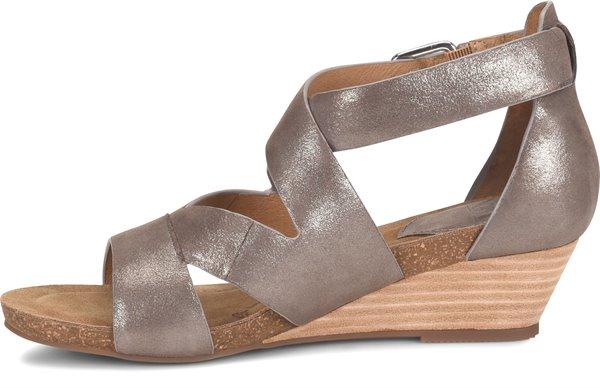 Image of the Vara shoe instep