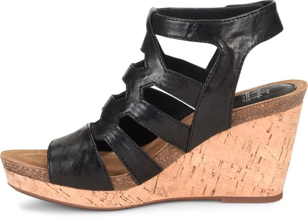 Image of the Courtnee shoe instep