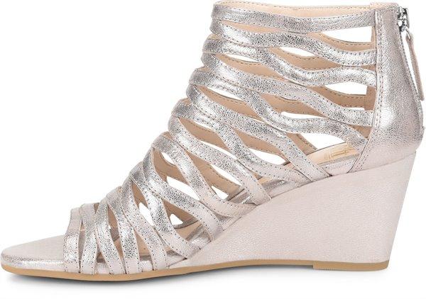 Image of the Francesca shoe instep
