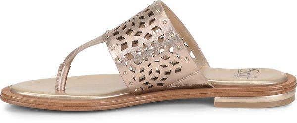 Image of the Mayela shoe instep
