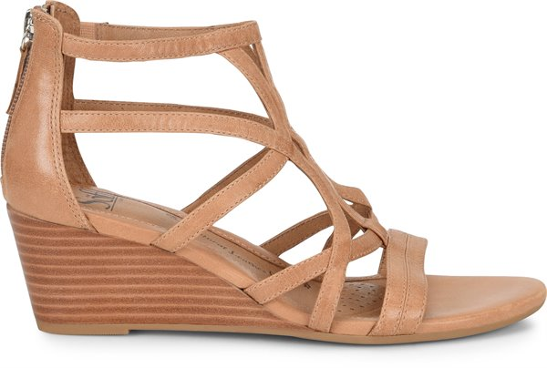Image of the Malindi shoe from the side
